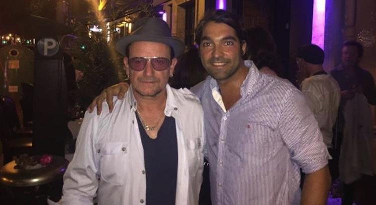 Музыканты из U2 приехали в Валенсию на свадьбу друга