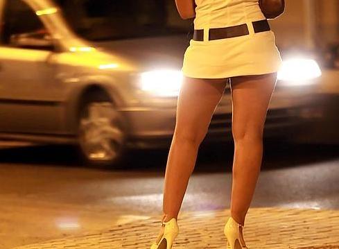 Paris hilton jail lesbian fear
